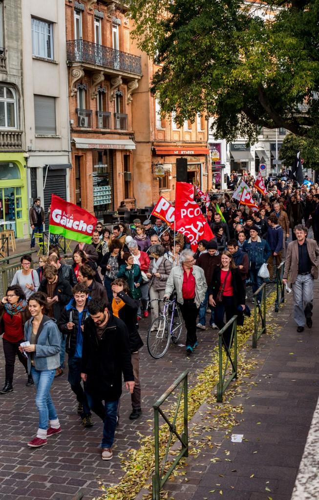 Arrivée de la manifestation place St-Etienne
